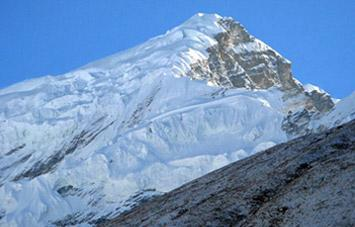 Chulu East West Peak Climbing