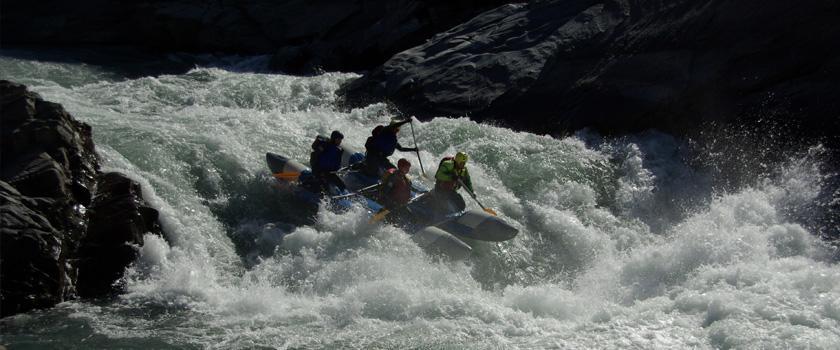 Tamur River Rafting